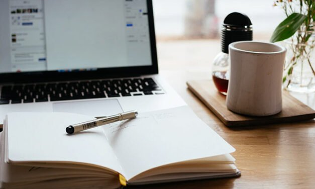 Complete Guide to Hiring Freelance Writers